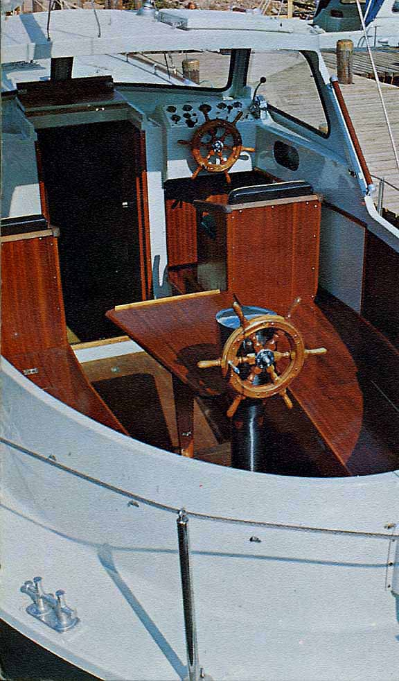 Finnsailer 35 Motorsailer - Cockpit -