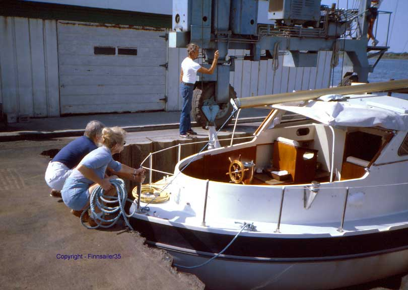 Finnsailer 35 Motorsailer with the backstay off and the boom down, prepared for hauling.